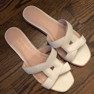 Size 7.5 Avec Les Filles gently worn sandals